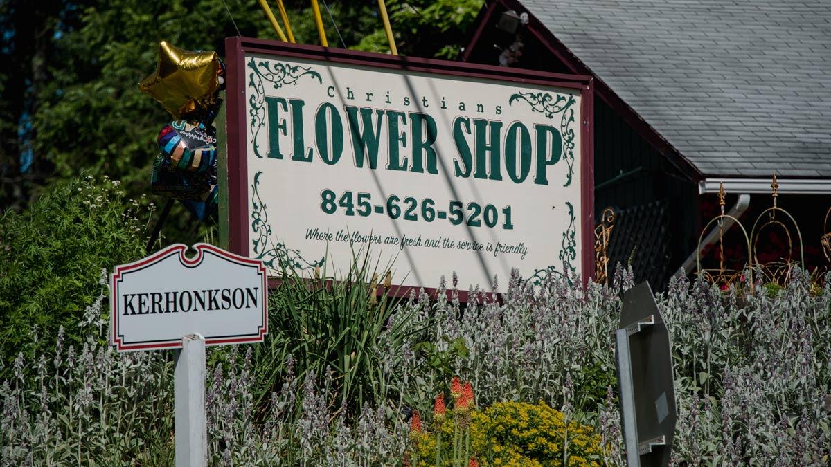 Kerhonkson in the summer flower shop